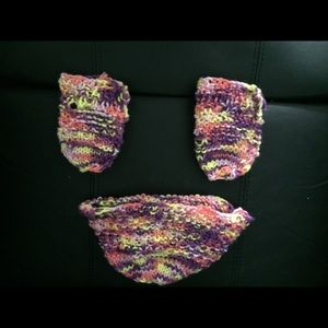 Other - Baby hat and mittens set